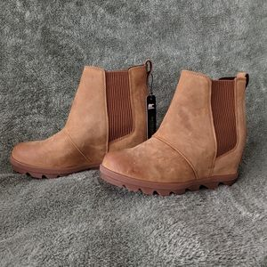 NWT Sorel Chelsea Wedge II Size 8 Boots